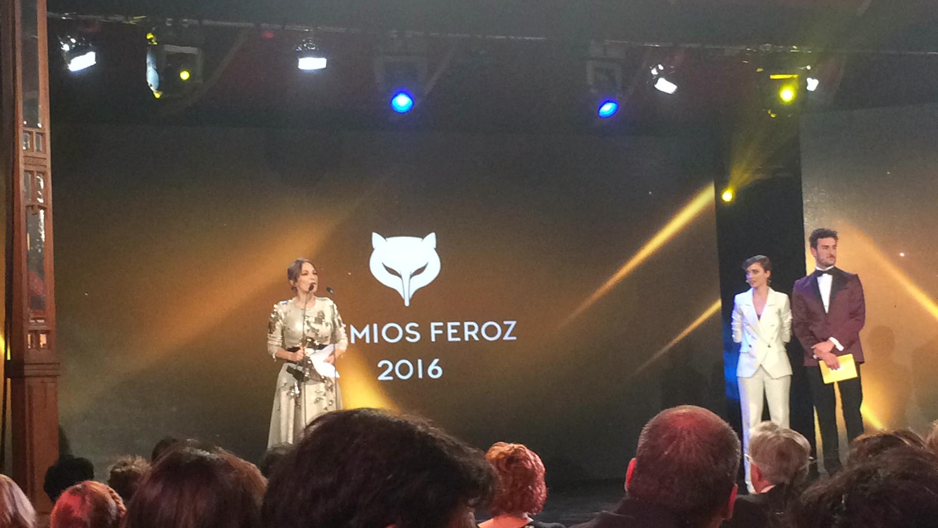 Paula Ortiz recogiendo el premio Feroz a la mejor dirección por 'La novia' // Imagen: R. Viejo